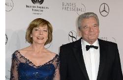 Bundespräsident Gauck reagiert auf Kritik an Sponsoring des Bundespresseballs durch BAT