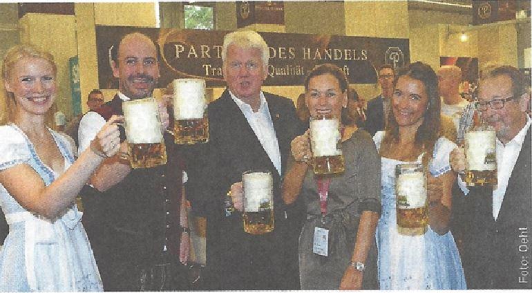 Auf ein Bier mit der Tabakindustrie: Dortmunds Oberbürgermeister besucht InterTabac