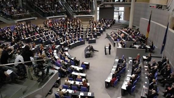 Tabakwerbeverbot: Fraktionen im Bundestag sind gefragt