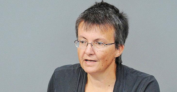 Fragestunde: Kathrin Vogler fragt nach Tabakwerbeverbot