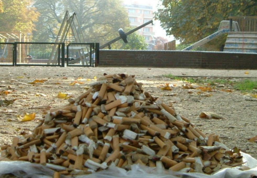 Befürwortet die taz das Rauchen auf Kinderspielplätzen und vor Krankenhäusern?