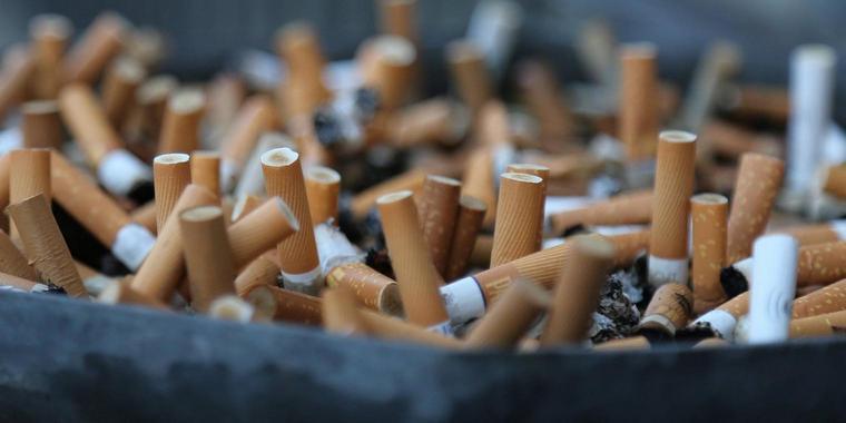 """In der Talkshow """"Hier spricht Berlin"""" herrscht entgegen ersten Ankündigungen Rauchverbot. Quelle: imago/Karina Hessland"""