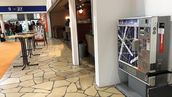 16 Zigarettenautomaten auf der Grünen Woche in Berlin