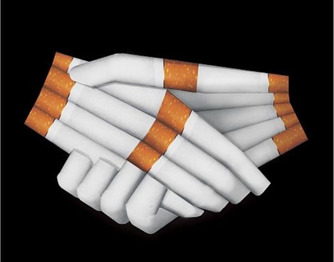 Michael Kretschmer, Ministerpräsident Sachsen, dankt Philip Morris